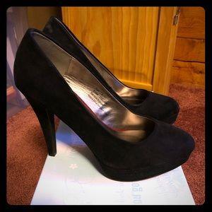 Maurice's size 9 black heels